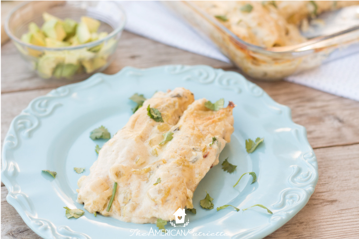 green chile and spinach chicken enchiladas - 35 Creative Potluck Themes