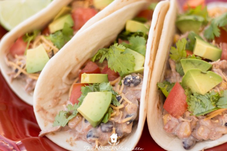 Easy Crockpot Creamy Chicken Tacos - simple weeknight meal; great for a crowd; absolutely delicious!