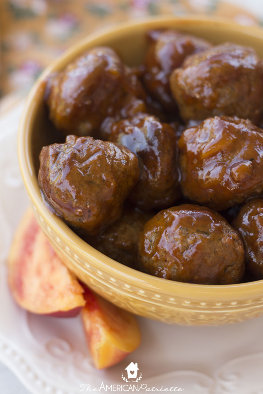 Slow Cooker Peach & Honey Chipotle Appetizer Meatballs - only three ingredients and absolutely delicious! A very simple appetizer to prepare for a party, gathering, or tailgate!