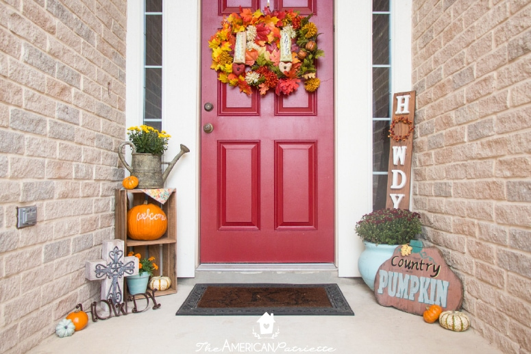 Ideas for decorating a small front porch for fall the - Fall decorating ideas for front porch ...