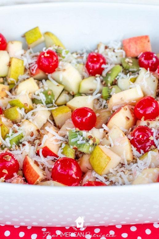 Christmas Fruit Salad.Christmas Morning Fruit Salad