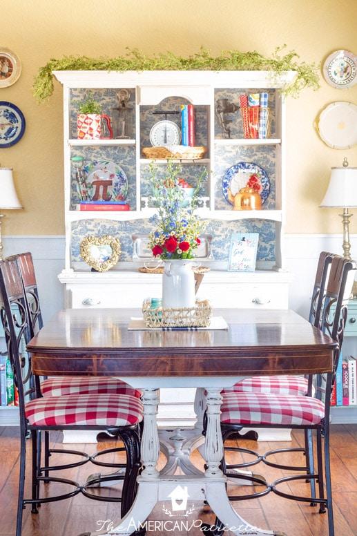 12+ Easy & Colorful Rustic Patriotic Farmhouse Decorating Ideas